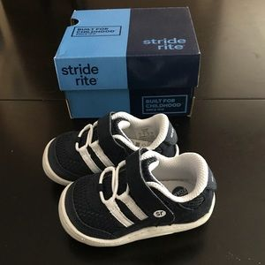 Striderite toddler walker shoes NEW IN BOX